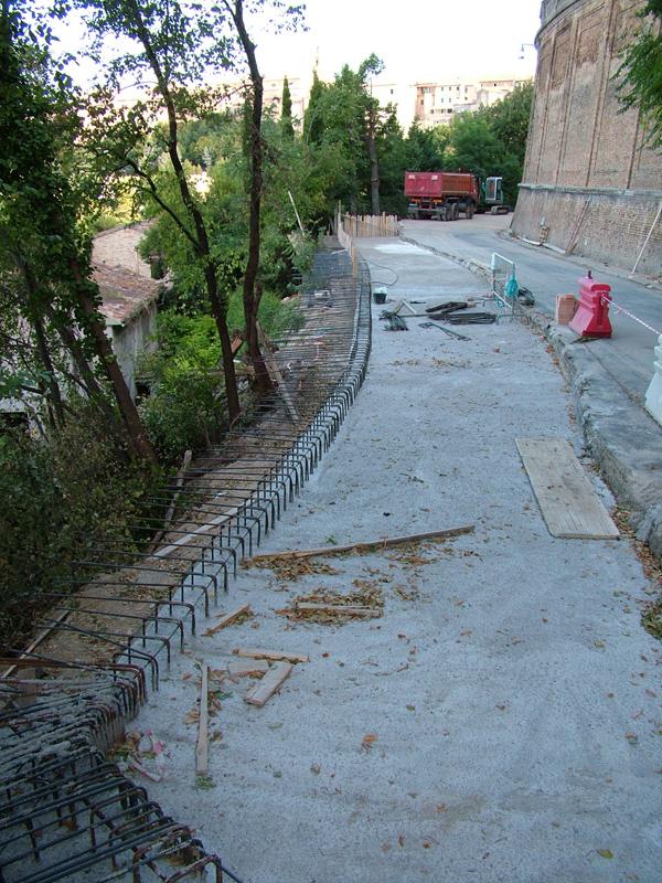 Completamento marciapiedi mancanti Via Corridoni